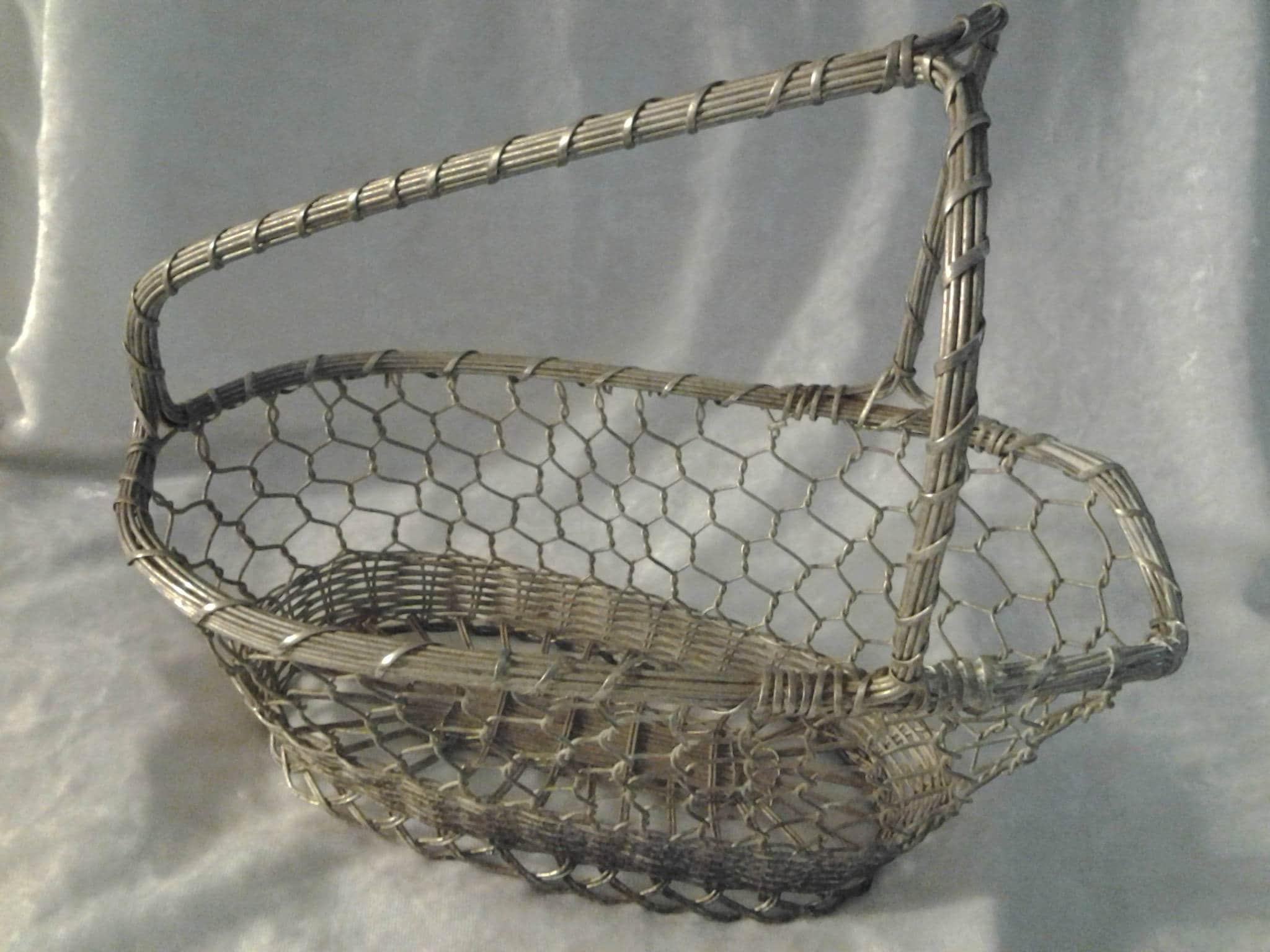 Chicken Wire Vintage Wire Basket / Wine bottle holder