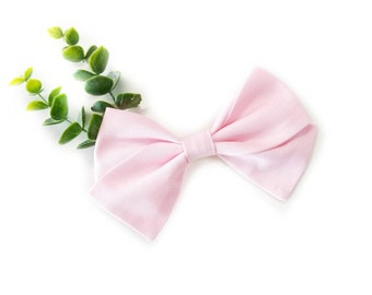 Pale Pink, Handmade Bow, Nylon Headband or Alligator Clip, Fabric bow, Vanaguelite, Pink bow