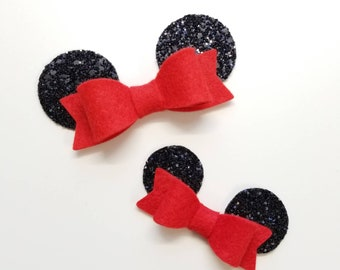 Baby mouse ears, Red bow, alligator clip or nylon headband, baby bows, Photo props