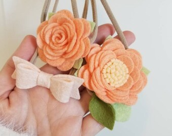 Baby headbands, Peaches, Mini Flowers, hair bows, Floral Baby Headbands, vanaguelite, newborn headband, nylon headband, baby accessories.