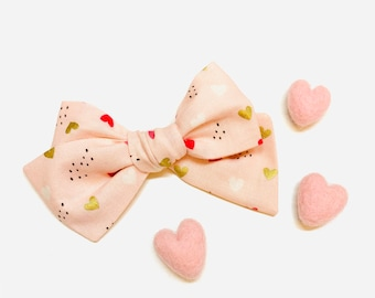 Valentine's Day Baby Bow, Pink and gold hearts, Nylon Headbands or Hair Clip, school girl bow