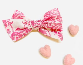 Valentine's Day Baby Bow, Pink sparkly floral, Nylon Headbands or Hair Clip, school girl bow