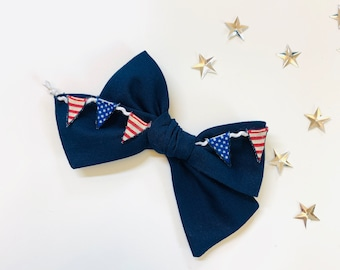 Baby bows, 4th of July bows, Navy Bow with 3d American Flag tiny banner, nylon headbands or hair clips