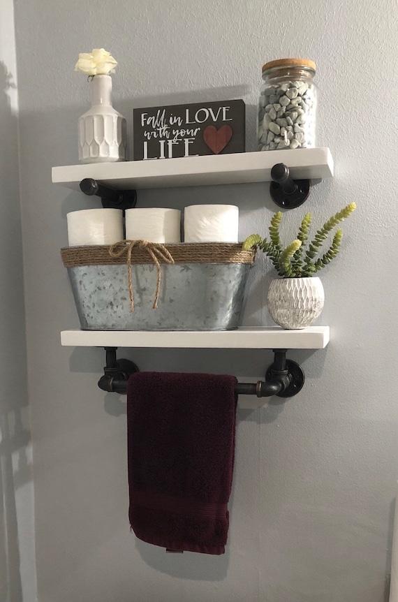 Doppel Badezimmer Regal mit Handtuchhalter aus Altholz und Industrierohr Industrielle Shabby Chic Steampunk Hampton Industrial
