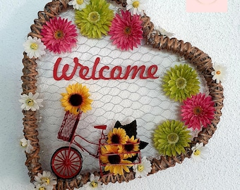 Handmade, sustainable welcome wall decoration