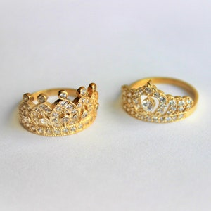 Royal Band 10K Solid Yellow Gold Cubic Zirconia Crown Ring