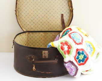 Vintage Cardboard Hat Box - Vintage Clothing Prop - Vintage Decor - Suitcase Prop - 1960's era