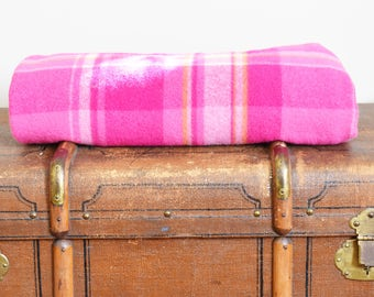 RESERVED FOR Brydie * Vintage Woollen Blanket - Hot Pink Plaid - Single Bed Size - Made In Australia - 70's Era