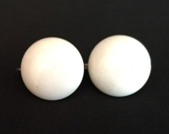 Vintage white button clip on earrings, 1930s 1940s 1950s 1960s fashion 30s 40s 50s 60s