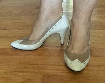 055e8a12e49e Vintage leather womens spectator high heel pumps shoes