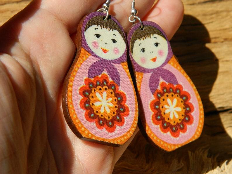 Russian doll earrings Babushka earrings Purple pink red wood earrings Russian stacking dolls earrings Folk jewelry Matrioshka earrings