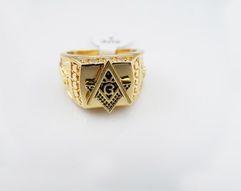 Freemason Masonic Square and Compass Ring