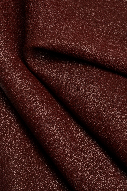 Italian leather soft skin   A4221-VT  La Garzarara sporty looking semi-glossy with a little deer texture dark grey hides