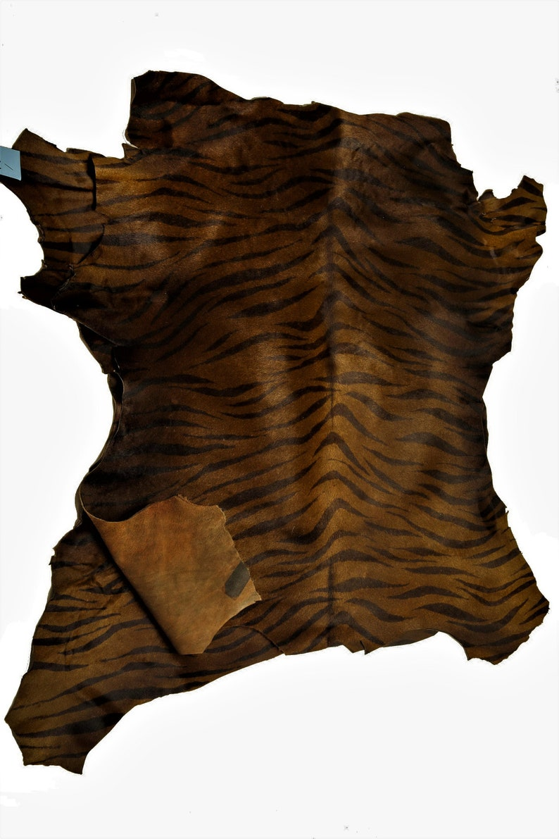 Italian leather size 25x29 inches brown and black printed zebra hairy cowhides soft skin   A6488-CV La Garzarara thickness 0.9 mm