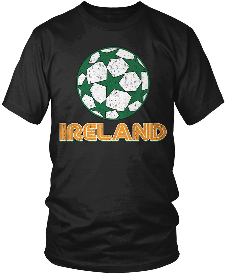 Distressed Ireland Star Soccer Ball Men's T-Shirt,Irish Pride, Eire, Soccer  Men's Ireland Shirts AMD_0121