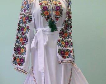 Embroidered Dress Vyshyvanka dress Ukrainian embroidery ethnic dress vyshyvanka in Vita style, embroidered Ukraine dress