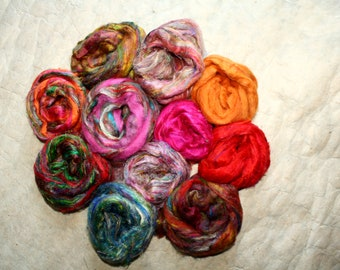 Recycled sari silk in comb in different shades