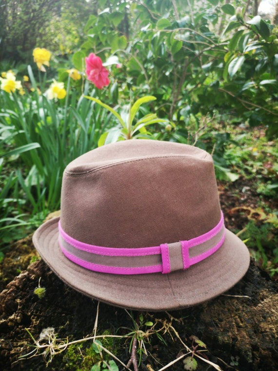 Retro mens trilby hat