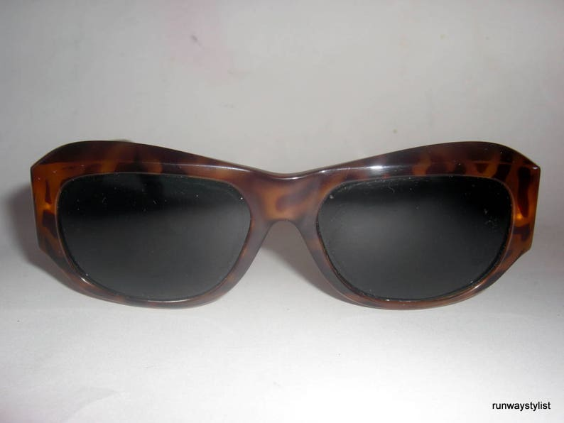 8450556baec50 Gianni Versace Vintage Sunglasses. Model 375. Vintage 1990s.
