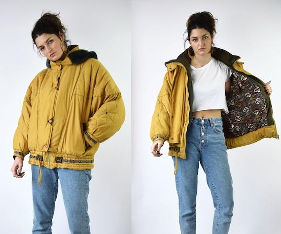 80s yellow puffer jacket, medium size