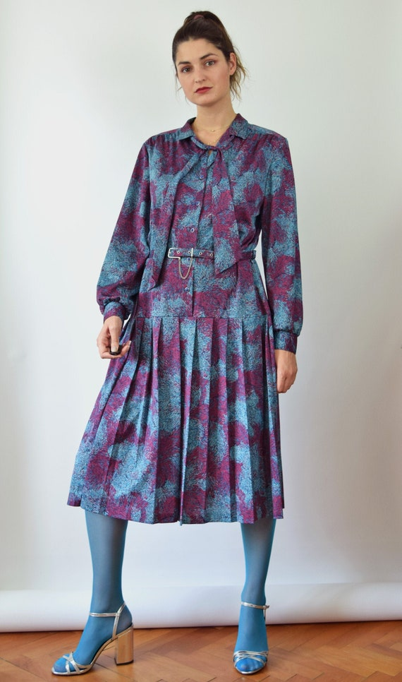 Vintage 70s long sleeved shirt dress, psychedelic