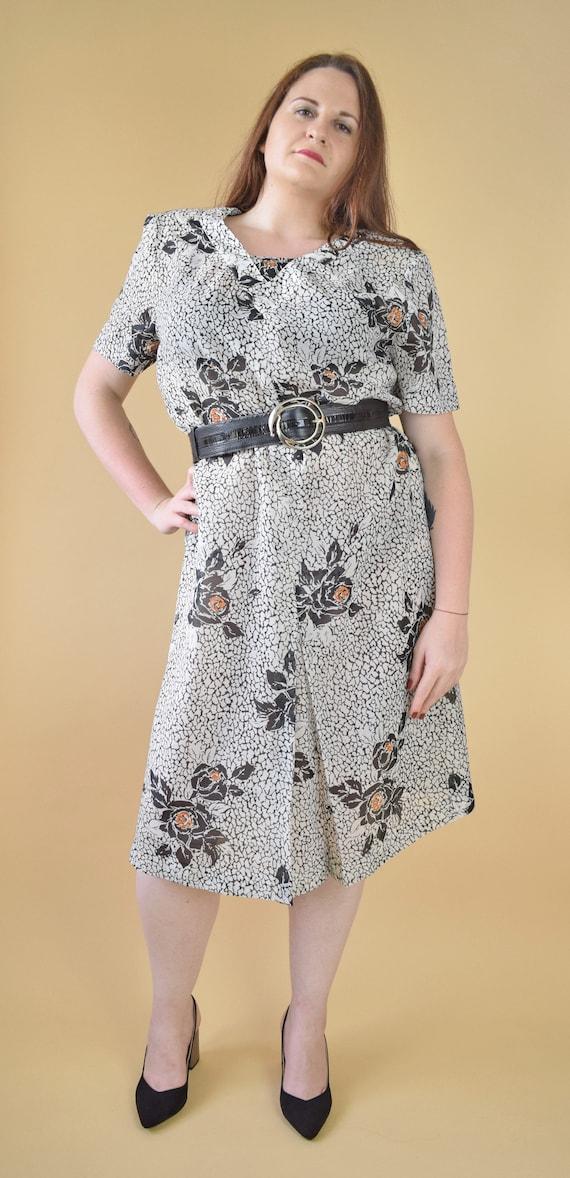 80s plus size floral dress, padded shoulders