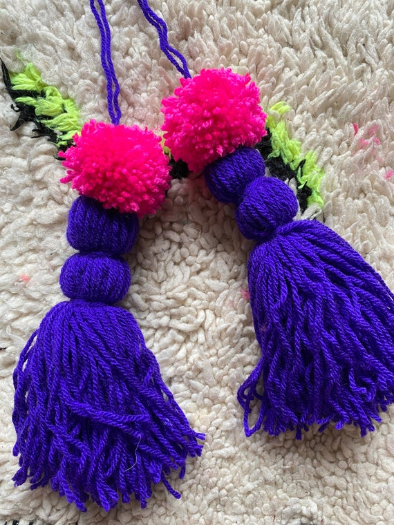 Set of two handlebar bicycle bike Pom Pom tassels.