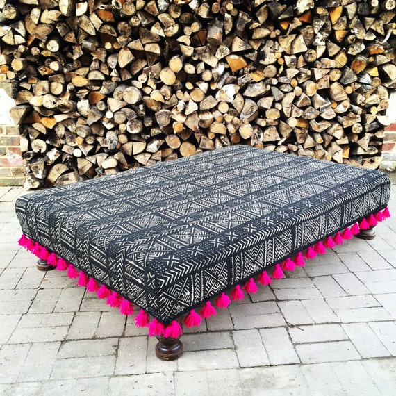 Black White Mud Cloth Footstool Ottoman, Boho Mali, Bespoke Made to Order Custom with Pink Tassel Trim