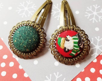 Christmas Hair Clip - Covered buttons - Xmas eve - Stocking stuffer - Woman gift - Ugly sweater hair accessory - set of 2