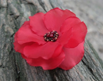 Red poppy brooch, Flower Hair Clip,Poppy Pin,Fabric poppy,Red Hair Accessories, Red flower pin, Remembrance Day, Poppy wedding, Veterans Day