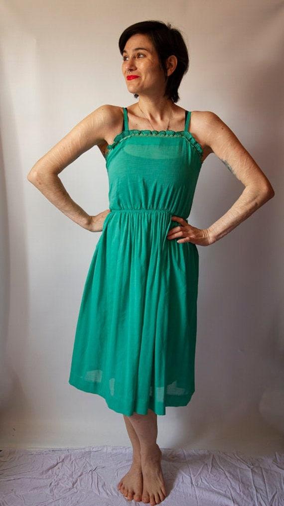 70's kelly green sundress