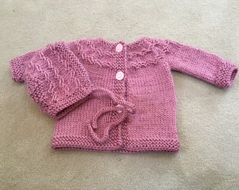 A sweater and hat set for 3-6 month