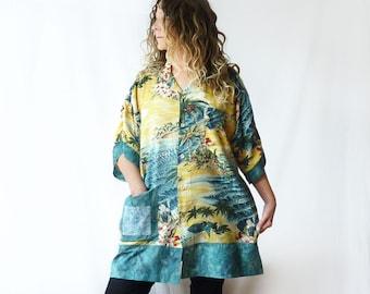 Plus Size Hawaiian kimono, Vintage Hawaiian shirt, retro, Beach coverup, onesize fits most, oversize, ruched sleeves, kimono, fish applique