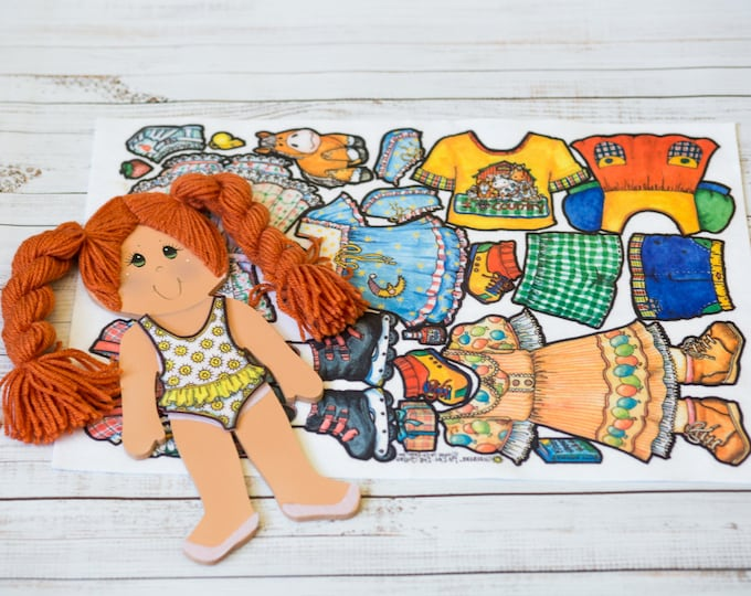 paper dolls, felt clothes, 14 in doll with Red hair, 7 felt outfits, dress up dolls, paper dolls dresses, quiet play, la-di-dolls