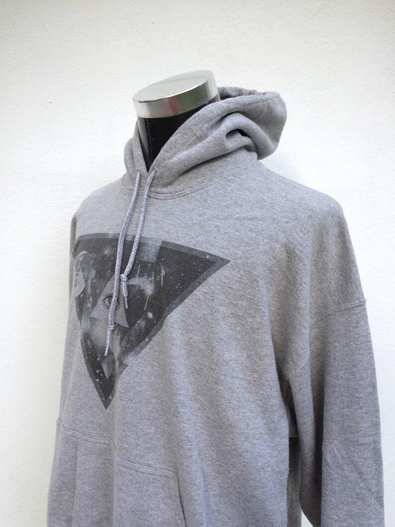 Streetwear Art Design Hoodie Sweater  LARGE  MENS  Vintage Sweatshirt  Casual  Pop Art  Skateboard