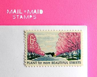 Plant for Beautiful Street || Set of 25 unused vintage postage stamps