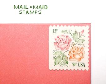 Medallion Roses || Set of 10 unused vintage postage stamps