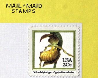 Yellow Lady's Slipper || Set of 10 unused vintage postage stamps