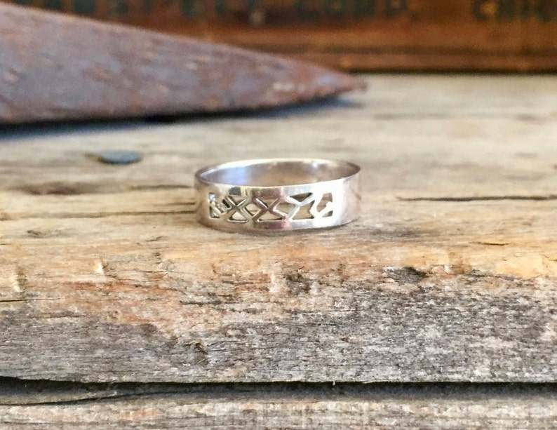 e2ed8dd22 Sterling Silver Ring / Band / Pierced / Cutouts Pattern / | Etsy