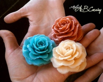 Carving soap roses, tiny soap roses, guest soap gift, rose scented soap, wedding carving soap, decorative soap, soap carving flower,