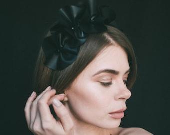 black flower crown, floral crown adult, black crown, gothic headpiece, flower crown headband, headdress, races headpiece, funeral headpiece