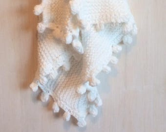 White Baby blanket. New Baby Gift. Hand Knit Blanket. Baby Shower Gift. Snuggle Blanket. Ready to Ship.