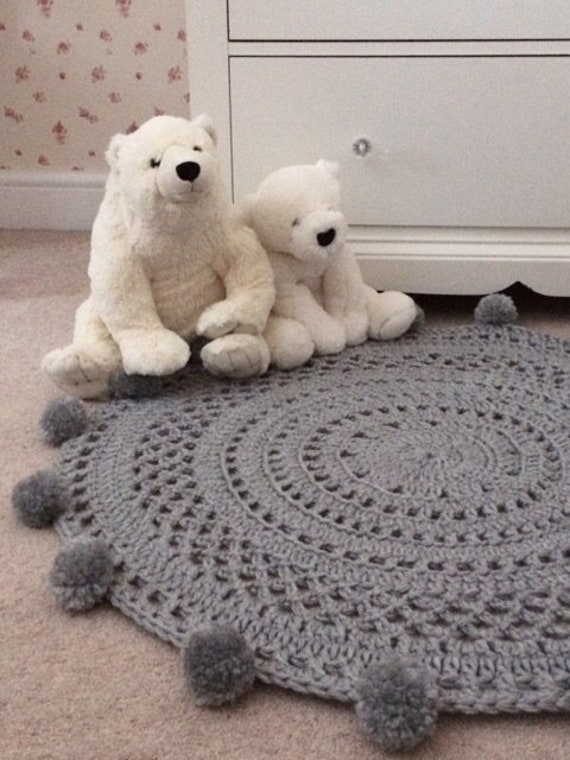 Pom Pom Teppich Grau Kinderzimmer Teppich Häkeln Teppich Etsy