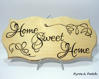 """Multilayered wooden plate with pyrographed """"Home Sweet Home"""" for decoration home - Targa decorativa in legno multistrato con pirografia"""