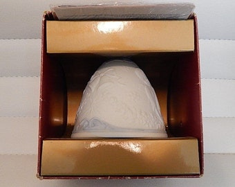 LLADRO, 2000 CHRISTMAS bell, retired, 16700, mint in box nice