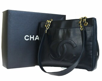 783c27c55ac8 Vintage CHANEL CC Logos Chain Shoulder Tote Bag Black Leather Vintage Chanel  Handbags Vintage Chanel Vintage Handbags Designer Handbags Gift