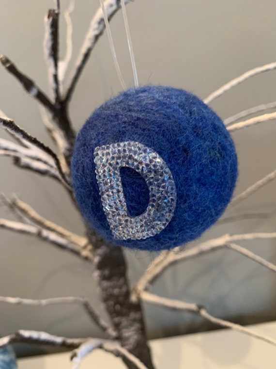 Swarovski ® Crystal Rocks Wool Decoration.