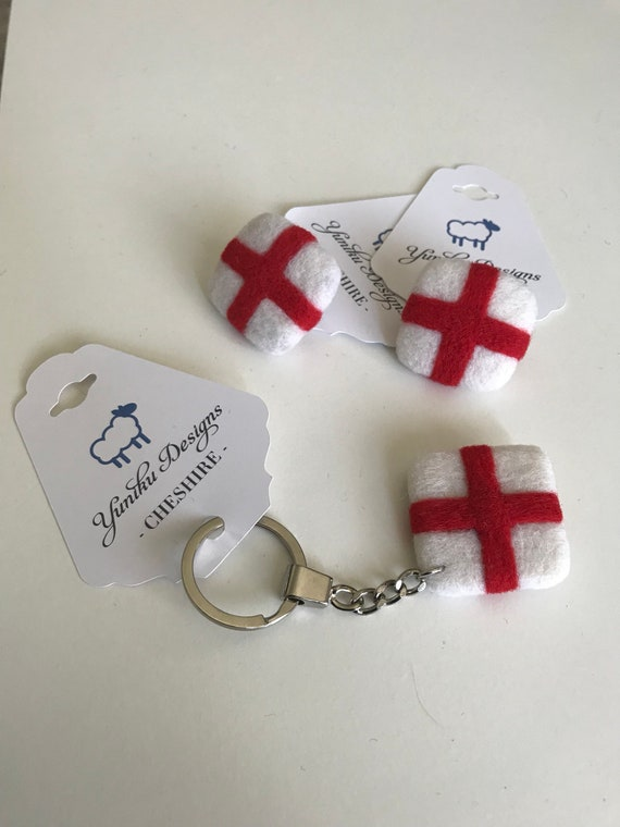 St George's Flag Keyring & Brooch Pins.