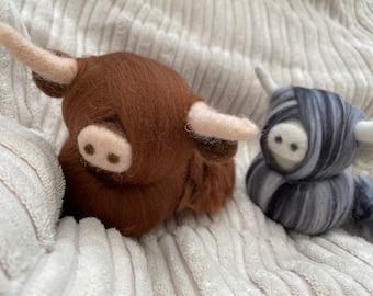 Needle Felted Highland Cow | Hanging Decoration | Christmas Tree Decoration | Photography Prop