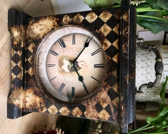 Alice in Wonderland Gift. Gothic. Steampunk Clock. Gothic Clock. Clock. Alice in Wonderland Decor. Unique Clock. Quirky Clock. Unusual Clock
